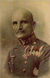 Оберст (згодом генерал-майор) Еміль Узелач